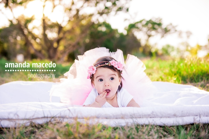 San antonio baby photography sophia was a trooper for being out on a chillly afternoon for her 6 month session isnt she precious